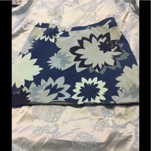 Express Women's Mini Skirt. Floral Pattern Size 8